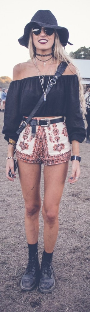20 Boho Hippie Outfits to Copy Right Now
